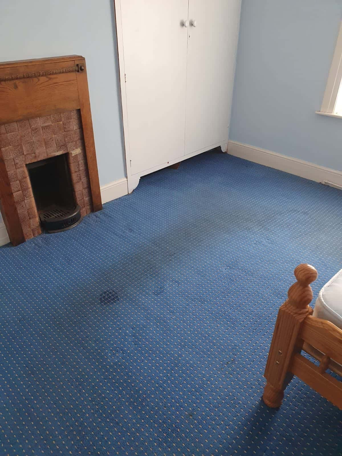 Domestic carpet cleaning image before job has been carried out