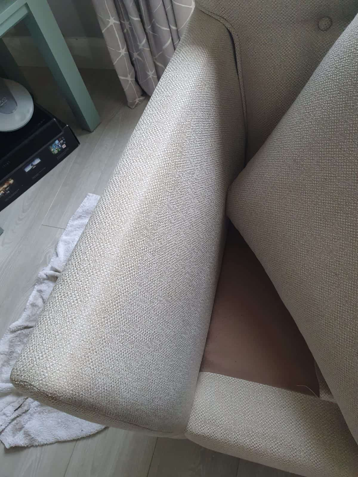 Photo of armchair which has had upholstery cleaning